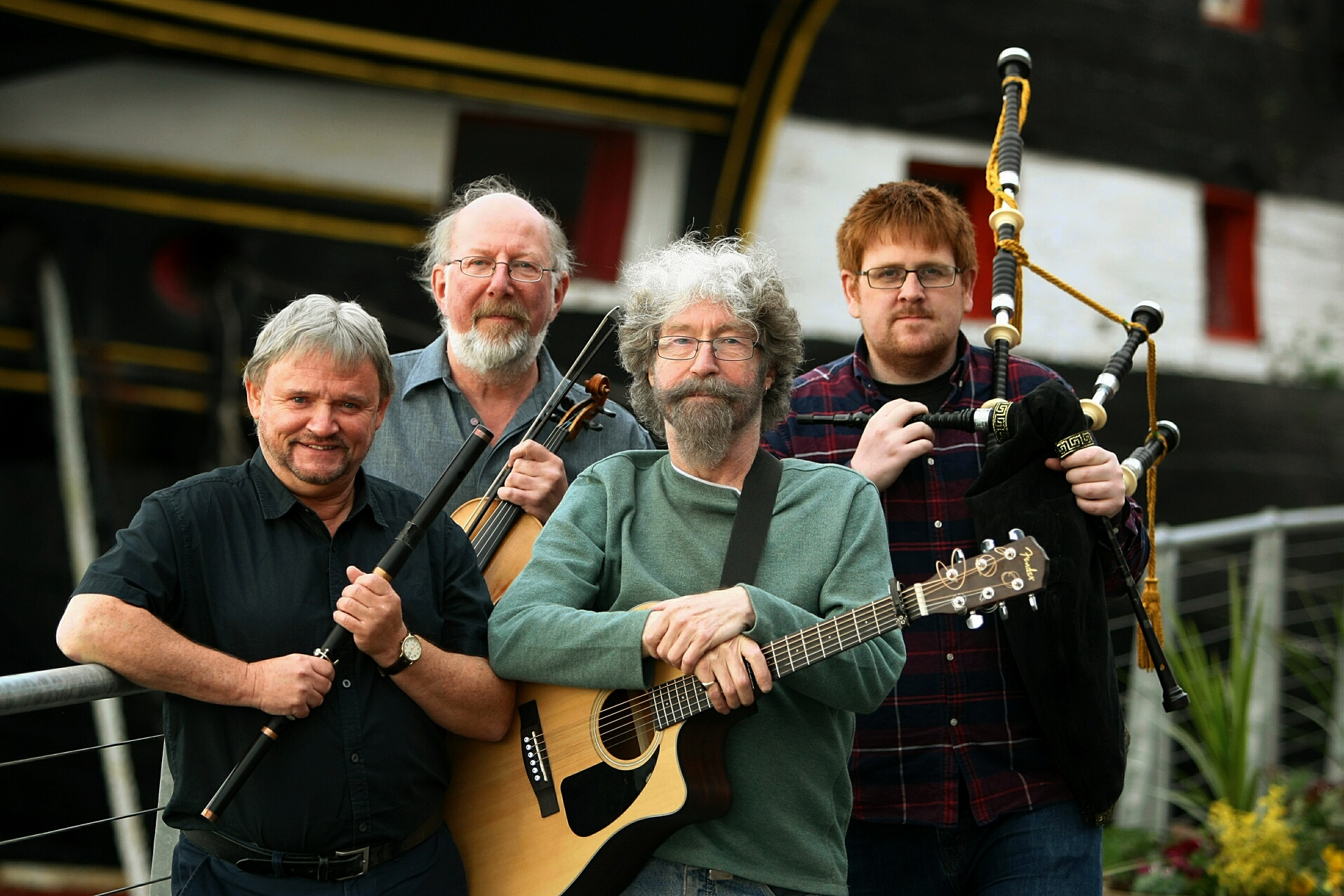 TANNAHILL WEAVERS 2017